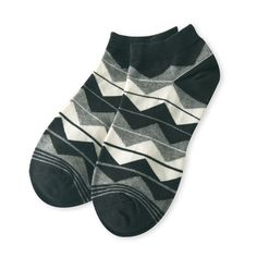 Wavy stripe mens socks new spring and summer fashion creative personality sock men breathable and comfortable