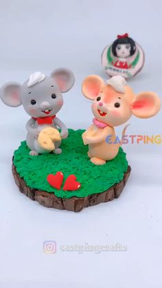 Creative Cake Decorating, Cake Decorating Designs, Cake Decorating Videos, Cake Decorating Techniques, Polymer Clay Miniatures, Polymer Clay Projects, Diy Clay, Fondant Cake Toppers, Fondant Figures