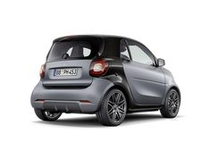 Brabus Packages Up Smart ForTwo & ForFour, Still No Performance Versions Benz Smart, Smart Car, Smart Brabus, Smart Fortwo, Auto News, Sporty, Packaging, Mini, Vehicles