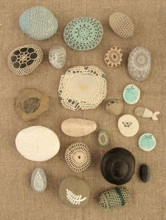 I've posted crocheted covered rocks / pebbles before. They're so lovely aren't they? Hand crocheted by Margie Oomen from Resurrection Fern. Check it.