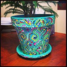 Painted Pots Turn plain clay pots into pretty weathered planters. Flower Pot Art, Flower Pot Design, Flower Pot Crafts, Clay Pot Projects, Clay Pot Crafts, Painted Plant Pots, Painted Flower Pots, Painted Pebbles, Garden Crafts