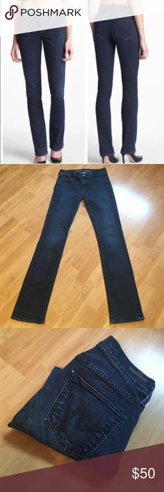 """CITIZENS OF HUMANITY: Straight leg - size 27 Citizens in excellent condition!!! Inseam: 31.5"""", Rise: 8"""", Leg opening: 13.5"""". They measure 14"""" across the waist when laying flat.. 71% cotton, 28% tencel and 1% elastan Citizens of Humanity Jeans Straight Leg"""