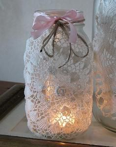 DIY Tutorial DIY Lanterns / DIY Burlap and Doily Luminaries - Bead&Cord