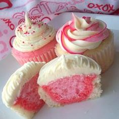 Valentines cupcakes--use a white cake mix, make different shades of pink, then layer the different colors and cook. Easy and Cupcakes Cupcake Recipes, Cupcake Cakes, Dessert Recipes, Cupcake Ideas, Love Cupcakes, Yummy Cupcakes, White Cupcakes, Strawberry Cheesecake Cupcakes, Rainbow Cupcakes