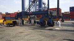 Ecoquip EQ300S, siendo utilizado para limpieza de Grúas en Sociedad Portuaria Regional de Cartagena. Mínima polución y mínimos resíduos