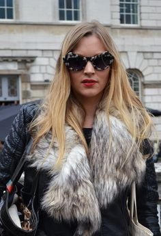 Grey Faux-fur collar Faux Fur Collar, Cat Eye, Fur Coat, Hair Beauty, Autumn, Style Inspiration, Trends, Sunglasses, Grey