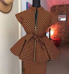 beautiful ankara style for the elegant lady. beautiful ankara style for the elegant lady. African Wear Dresses, African Fashion Ankara, Latest African Fashion Dresses, African Print Fashion, Africa Fashion, African Attire, African Skirt, African Fabric, Ankara Dress Styles