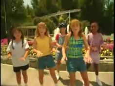Mary Kate and Ashley Olsen singing Scary Rides