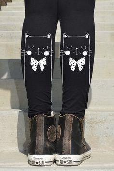 Cat with polka dot ribbon printed Leggings  6-176 by Hellominky