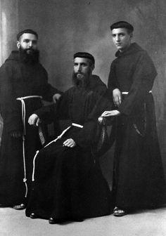 Catholic Orders, Religion, St Clare's, St Francis, Roman Catholic, Vintage Photographs, Priest, Christianity, Spirituality
