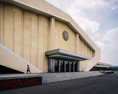 Архитектура Северной Кореи с снимках Raphael Olivier (Интернет-журнал ETODAY)