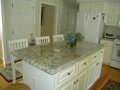 Image detail for -Persa Avorio Granite Kitchen Countertops on White Cabinetry White Cabinets With Granite, White Granite Kitchen, Backsplash For White Cabinets, White Kitchen Island, White Kitchen Cabinets, Painting Kitchen Cabinets, Kitchen Backsplash, Green Cabinets, Kitchen Islands