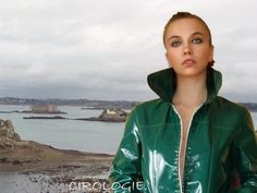 Raincoat With Hood Womens Green Raincoat, Raincoat Jacket, Hooded Raincoat, Hooded Jacket, Long Raincoat, Black Rain Jacket, Rain Jacket Women, Raincoats For Women, Boots