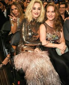 Katy Perry took her sister to the grammys!  <3