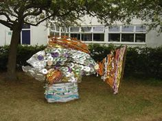 Google Image Result for http://www.maggiecampbellartist.com/visuals/art_photos/recycled-sculpture/recycled-fish.jpg