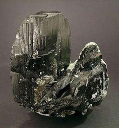 Ferberite with Siderite