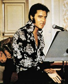 Elvis...In His Graceland Music Room Rehearsing....love him in that shirt ❤