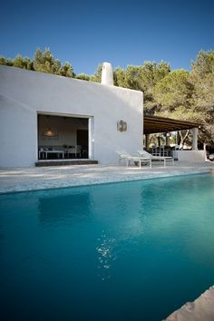 Visit the post for more. Mediterranean Houses, Formentera Spain, Swimming Pool Pond, Hollywood Homes, Architecture Design, Garden Pool, Party Garden, Backyard Patio, Spanish House