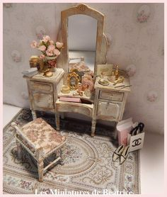 French style vanity with mirror and stool. One scale by Beatrice5804 on Etsy https://www.etsy.com/listing/212250287/french-style-vanity-with-mirror-and