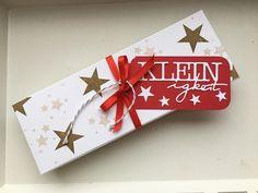 Willkommen auf meinem Blog!  Schön dass ihr vorbei schaut!   Wie schon mal erwähnt verschenke ich solche Geschenk Sets sehr gerne. Diese Box...