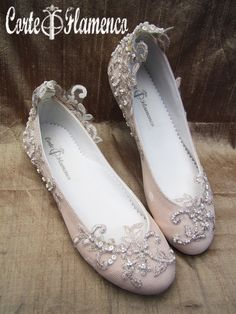 te traigo 7 zapatos exclusivos de comunion diferentes para un mismo vestido en casa www.corteflamenco.com zapatos de comunion , arras, bailarinas de novia, mary james, sabrinas, manoletinas