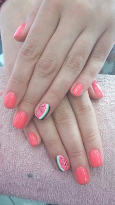 Summer nails watermelon