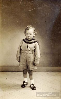 Paul Holman-Paul was only 6 when he was sadly murdered at Auschwitz-Birenkau on August 23, 1942.