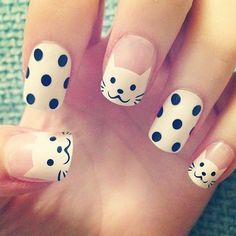 Purrfect Meow Nails - 28 Nails Featuring Cats On Them! - Hashtag Nail Art