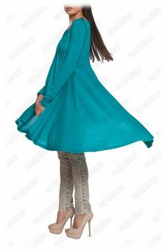 #urban #style #top This sea-drenched tunic is a warm-weather essential. http://29desires.eu/eu/new-arrival/turquoise-asymmetric-viscose-tunic-l5212d.html