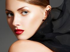 Make up autunno 2012 - Beige e pesca sono altri colori di tendenza...