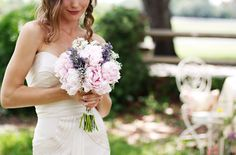 pretty, loving the lavender with the peonies and baby's breath. So simple