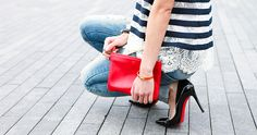 Short girls fear not - 7 ways to appear taller! Fashion Now, Womens Fashion, Christian Louboutin So Kate, Red Bottoms, Spring Summer Fashion, Spring Style, Suede Pumps, Short Girls, Street Style Women