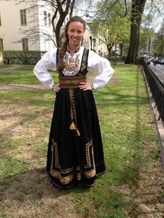 Costumes Around The World, Looking Gorgeous, Beautiful, Going Out Of Business, Folk Costume, Norway, Bae, Ethnic, Bohemian