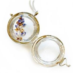 Jacqueline Locket - put dried flowers from your bouquet inside!