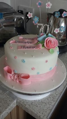 A cake I made for a ladies birthday. Novelty Cakes, 70th Birthday, Beautiful Cakes, Desserts, Dishes, Cakes, Recipes, Mom, Tailgate Desserts