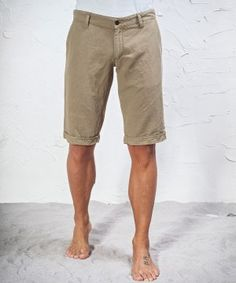 #45parallelo: beige #bermuda #shorts suitable for the hottest days, dyed for a worn effect, #Khaki Mixed #Linen, 80% Cotton and 20% Linen