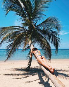 "118 mil Me gusta, 158 comentarios - Sierra Furtado (@sierrafurtado) en Instagram: ""Last day in Sri Lanka...obviously making the most of it☀️ @sunaquapasikuda"""