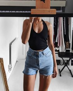 how to style outfits Fashion Killa, Look Fashion, Fashion Outfits, Short Cycliste, Estilo Kylie Jenner, Casual Outfits, Cute Outfits, Mode Inspiration, Mode Style