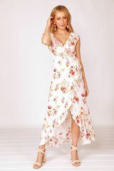 Stevie Sister Francesca Wrap Dress Floral Wrap Dress Summer Wedding Outfits, Cute Summer Outfits, Bridal Outfits, Wedding Dress, Printed Bridesmaid Dresses, Wrap Dress Floral, Wrap Dresses, Bride Dresses, Shower Dresses