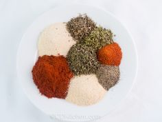Blackened Seasoning Mix - Skip the store bought blends and make your own blackening seasoning at home with spices you probably already have on hand. Dales Seasoning, Burger Seasoning, Seasoning Mixes, Seafood Recipes, Dog Food Recipes, Cooking Recipes, How To Dry Oregano, How To Dry Basil, Chicken