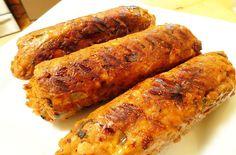 SALSICHA VEGANA Ingredientes: 400g de Feijão fradinho cozido até ficar bem moles 1 col. sobremesa de páprica defumada ½ xícara de alho poró picado…