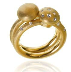 Marianne Dulong - Champignon rings hugging each other!