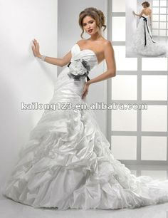 Princess Sweetheart Ball Gown Chapel train Off White Lace Appliques Pick Ups Tulle Taffeta Bridal Dresses-in Wedding Dresses from Apparel & Accessories on Aliexpress.com