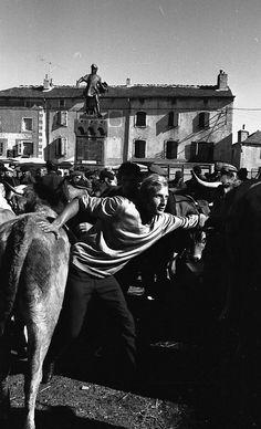 Vintage photography by Robert Doisneau. Henri Cartier Bresson, Edward Weston, Vivian Maier, Robert Doisneau, Urban Photography, Street Photography, Minimalist Photography, Color Photography, Ansel Adams