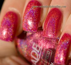 The days are flying by and it's already holoFriday! Today's holo is coming from one of my favorite brands that makes holographic polishes namely Jade. I really wanted a hot pink holo and this one satisfied all my whishes! A gorgeous pink holo with excellent formula and opaqueness! This is ONE coat of Jade – Déjà Vu and look at it! It's completely opaque! I love the rainbows and I definitely love this pink!