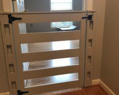 Super diy baby gate for stairs with banister half doors Ideas Diy Dog Gate, Diy Baby Gate, Pet Gate, Baby Gates, Child Gates, Dog Gates For Stairs, Stair Gate, Gates For Dogs, Half Doors
