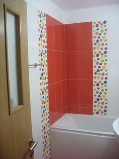 design baie,montaj faianta Bathtub, Bathroom, Design, Home Decor, Travertine, Standing Bath, Washroom, Homemade Home Decor, Bath Tub