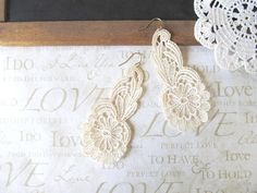 DIY lace earrings!
