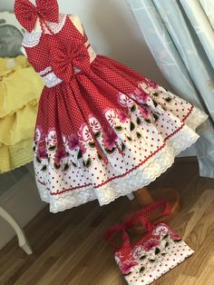 Image gallery – Page 447123069252326028 – Artofit Little Girl Outfits, Cute Outfits For Kids, Outfits Niños, Baby Outfits, Toddler Girl Dresses, Girls Dresses, Cotton Frocks, Babe, Pretty Little Dress