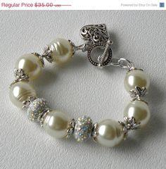 ON SALE Snowdrift Handmade Beaded Bracelet by bdzzledbeadedjewelry, $28.00